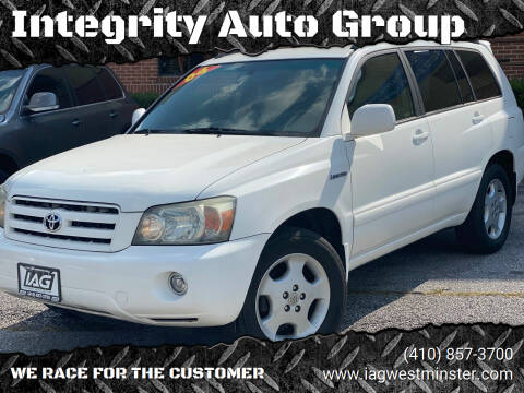 2004 Toyota Highlander for sale at Integrity Auto Group in Westminister MD