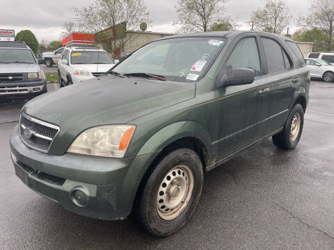 2003 Kia Sorento for sale at Diana Rico LLC in Dalton GA