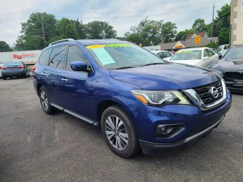 2018 Nissan Pathfinder for sale at Costas Auto Gallery in Rahway NJ