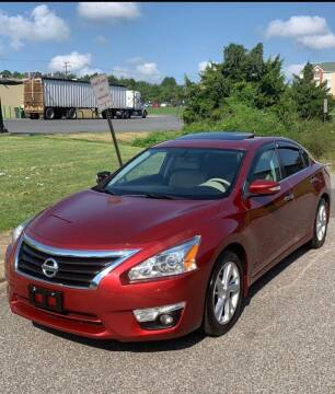 2015 Nissan Altima for sale at World Wide Auto in Fayetteville NC