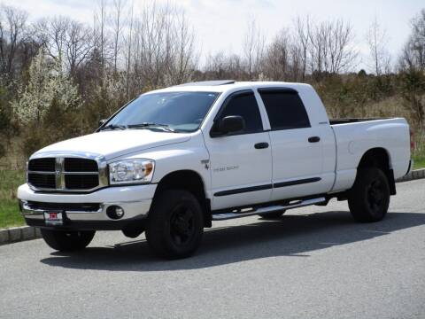 2007 Dodge Ram Pickup 1500 for sale at R & R AUTO SALES in Poughkeepsie NY