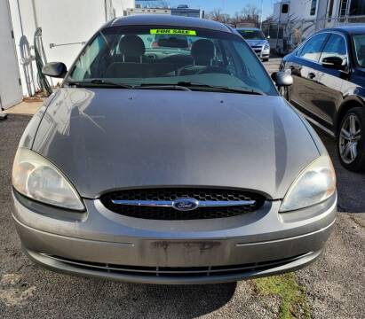 2003 Ford Taurus for sale at Wisdom Auto Group in Calumet Park IL