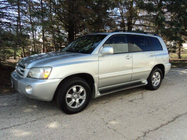 2004 Toyota Highlander for sale at HUSHER CAR CO in Caledonia WI