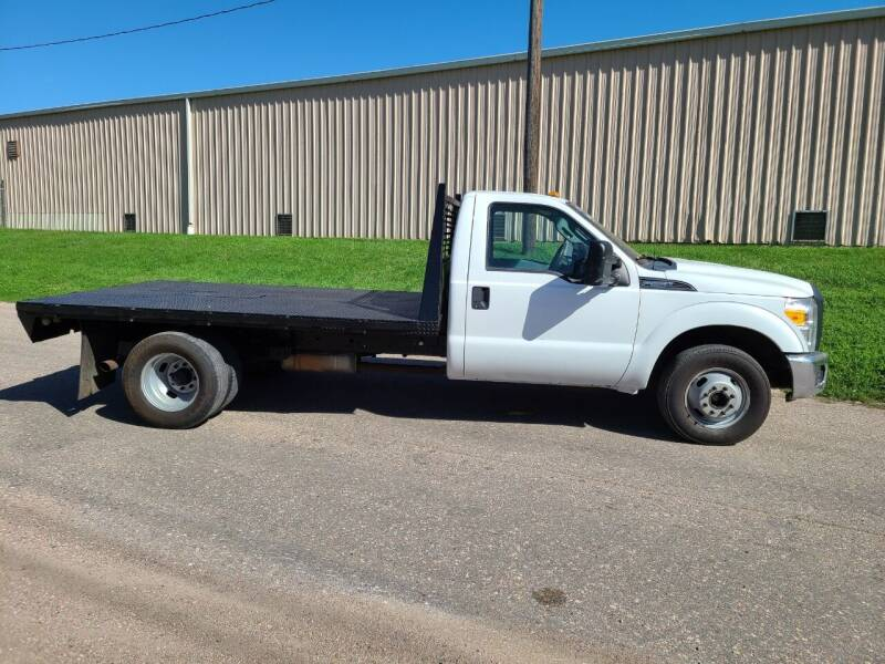 2013 Ford F-350 Super Duty for sale at J & J Auto Sales in Sioux City IA