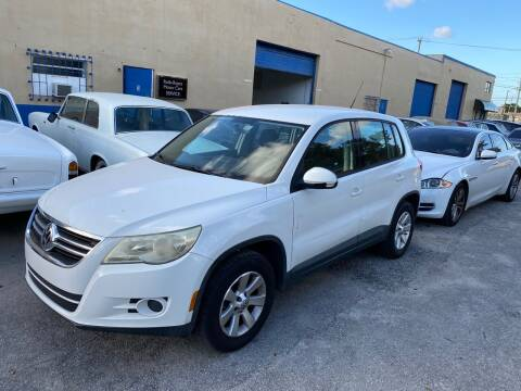 2009 Volkswagen Tiguan for sale at Prestigious Euro Cars in Fort Lauderdale FL