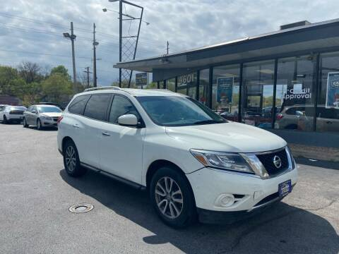 2016 Nissan Pathfinder for sale at Smart Buy Car Sales in St. Louis MO