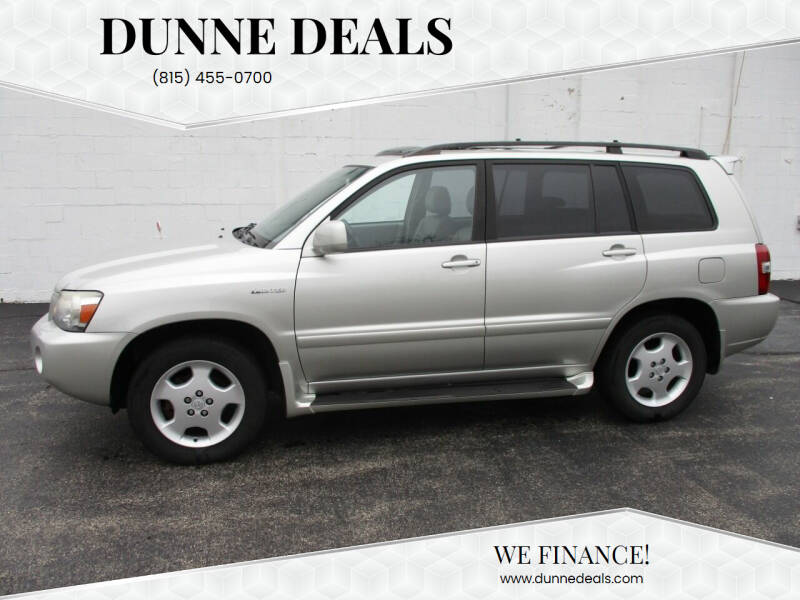 2005 Toyota Highlander for sale at Dunne Deals in Crystal Lake IL