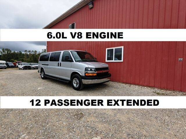 2019 Chevrolet Express Passenger for sale in Millersburg, OH