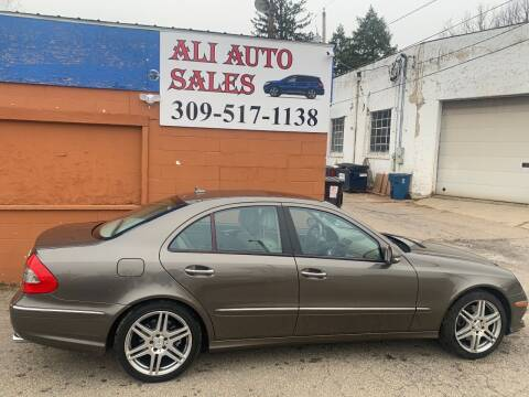 2009 Mercedes-Benz E-Class for sale at Ali Auto Sales in Moline IL