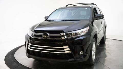 2019 Toyota Highlander for sale at AUTOMAXX MAIN in Orem UT
