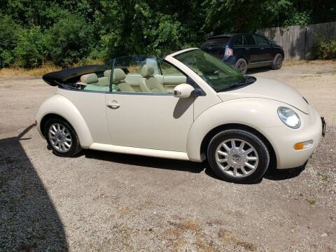 2004 Volkswagen New Beetle for sale at Northwoods Auto & Truck Sales in Machesney Park IL