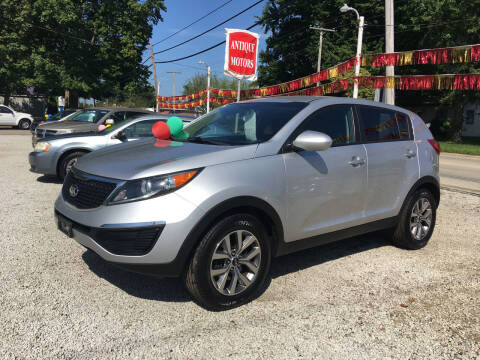 2015 Kia Sportage for sale at Antique Motors in Plymouth IN