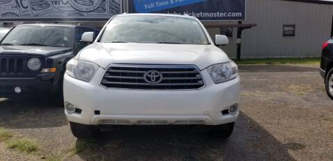 2008 Toyota Highlander for sale at Sissonville Used Cars in Charleston WV