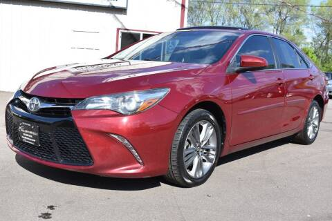 2016 Toyota Camry for sale at Dealswithwheels in Inver Grove Heights/Hastings MN