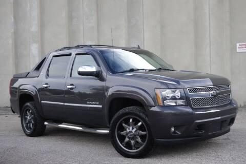 2011 Chevrolet Avalanche for sale at Albo Auto in Palatine IL