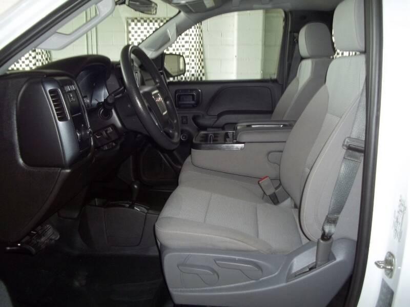 2018 GMC Sierra 2500HD 4x4 2dr Regular Cab LB - Albion NE