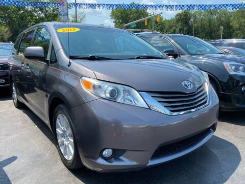 2013 Toyota Sienna for sale at WOLF'S ELITE AUTOS in Wilmington DE