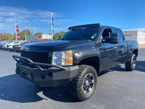 2010 Chevrolet Silverado 1500 for sale at Davidson Auto Deals in Syracuse IN