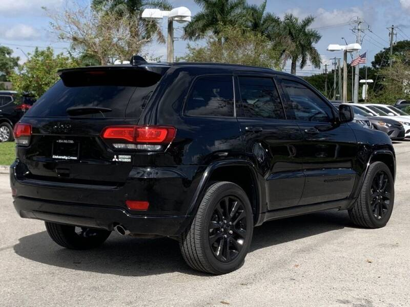 2017 Jeep Grand Cherokee 4x4 Altitude 4dr SUV - Davie FL