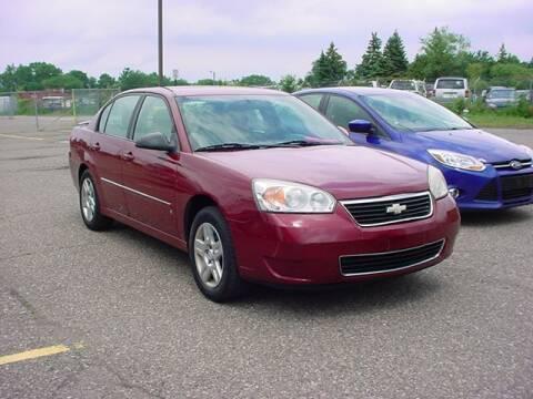 2006 Chevrolet Malibu for sale at VOA Auto Sales in Pontiac MI