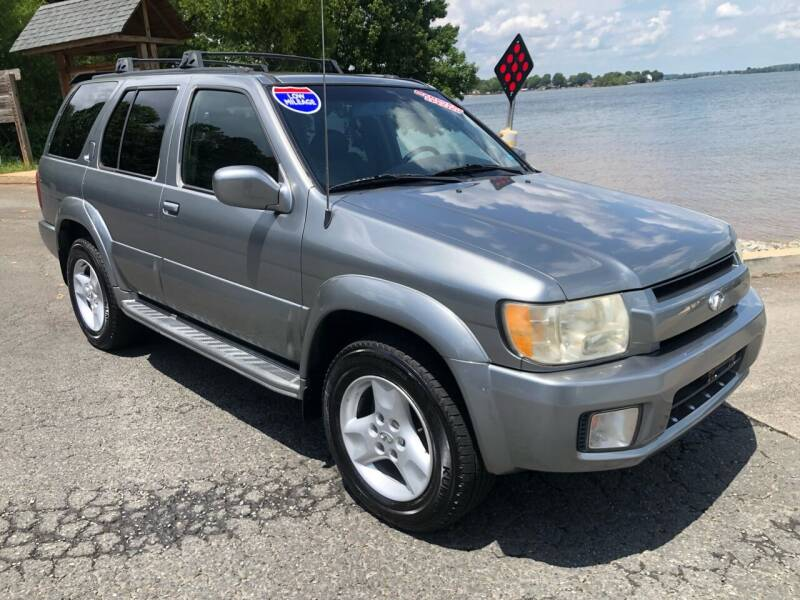 2003 Infiniti QX4 for sale at Affordable Autos at the Lake in Denver NC