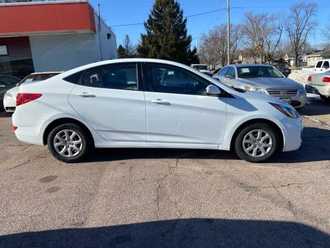 2014 Hyundai Accent for sale at RIVERSIDE AUTO SALES in Sioux City IA