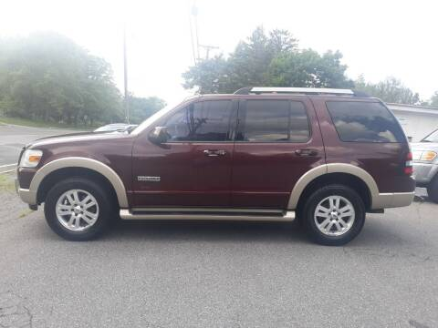 2006 Ford Explorer for sale at DND AUTO GROUP in Belvidere NJ