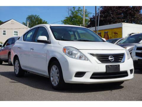 2013 Nissan Versa for sale at Sunrise Used Cars INC in Lindenhurst NY