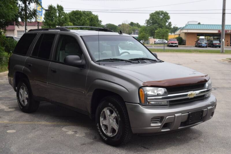 2006 Chevrolet TrailBlazer for sale at NEW 2 YOU AUTO SALES LLC in Waukesha WI