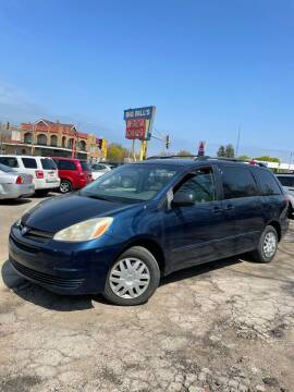 2005 Toyota Sienna for sale at Big Bills in Milwaukee WI