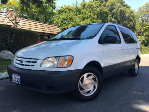2001 Toyota Sienna for sale at Valley Coach Co Sales & Lsng in Van Nuys CA