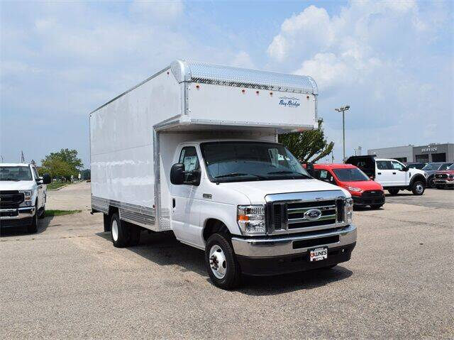2022 Ford E-Series Chassis E-450 SD