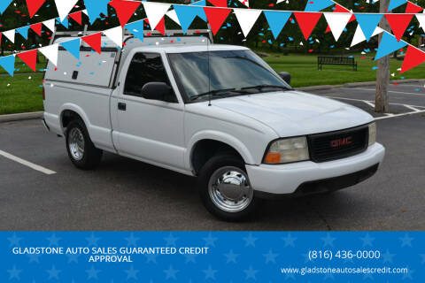 2000 GMC Sonoma for sale at GLADSTONE AUTO SALES    GUARANTEED CREDIT APPROVAL in Gladstone MO