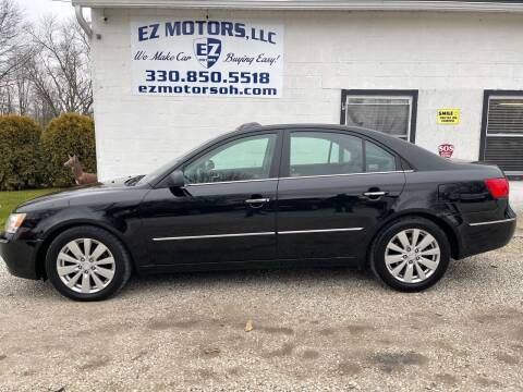 2010 Hyundai Sonata for sale at EZ Motors in Deerfield OH