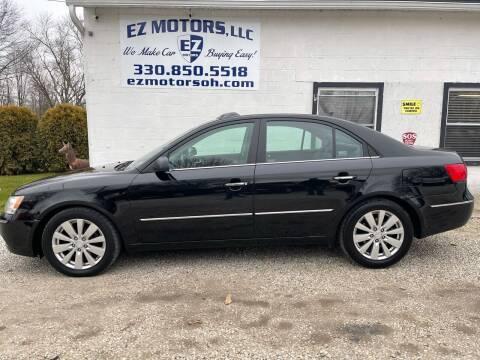 2010 Hyundai Sonata for sale at EZ Motors in Deerfield OH