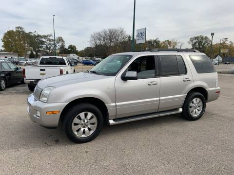 2006 Mercury Mountaineer for sale at Peak Motors in Loves Park IL