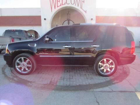 2011 Cadillac Escalade for sale at HANSEN'S USED CARS in Ottawa KS