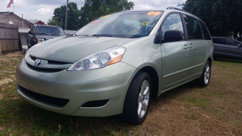 2006 Toyota Sienna for sale at GP Auto Connection Group in Haines City FL