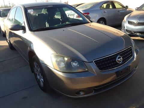 2005 Nissan Altima for sale at Auto Haus Imports in Grand Prairie TX