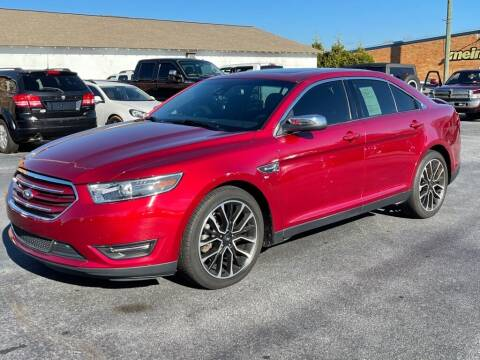 2019 Ford Taurus for sale at Modern Automotive in Boiling Springs SC