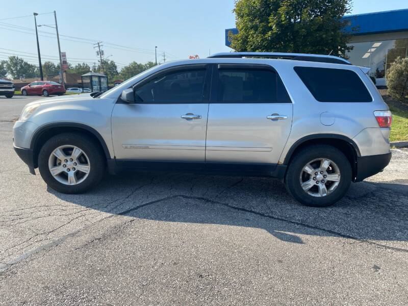 2008 GMC Acadia for sale at VENTURE MOTORS in Wickliffe OH