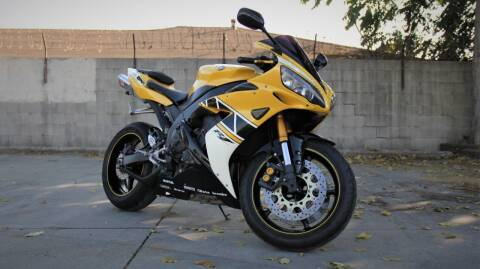 2006 Yamaha YZF-R1 for sale at New City Auto - Retail Inventory in South El Monte CA