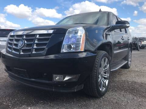 2007 Cadillac Escalade for sale at Texas Country Auto Sales LLC in Austin TX