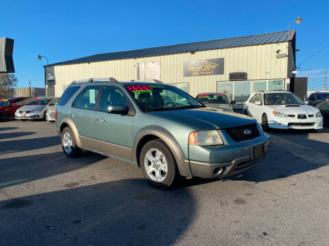 2006 Ford Freestyle for sale at BELOW BOOK AUTO SALES in Idaho Falls ID