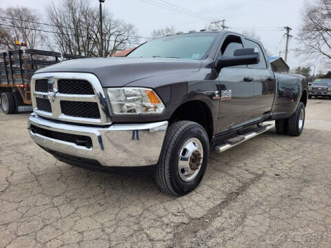 2016 RAM Ram Pickup 3500 for sale at Rondo Truck & Trailer in Sycamore IL