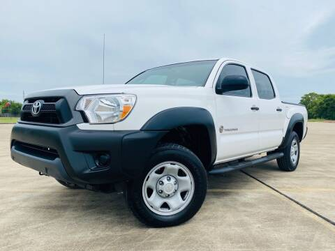 2013 Toyota Tacoma for sale at AUTO DIRECT Bellaire in Houston TX