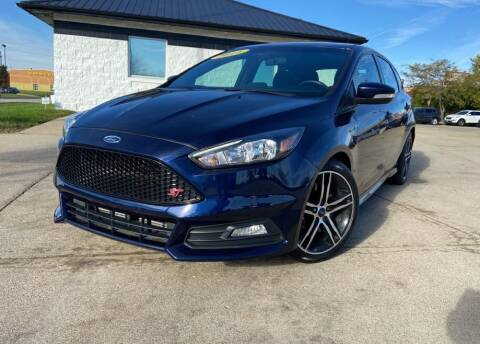 2016 Ford Focus for sale at Auto House of Bloomington in Bloomington IL