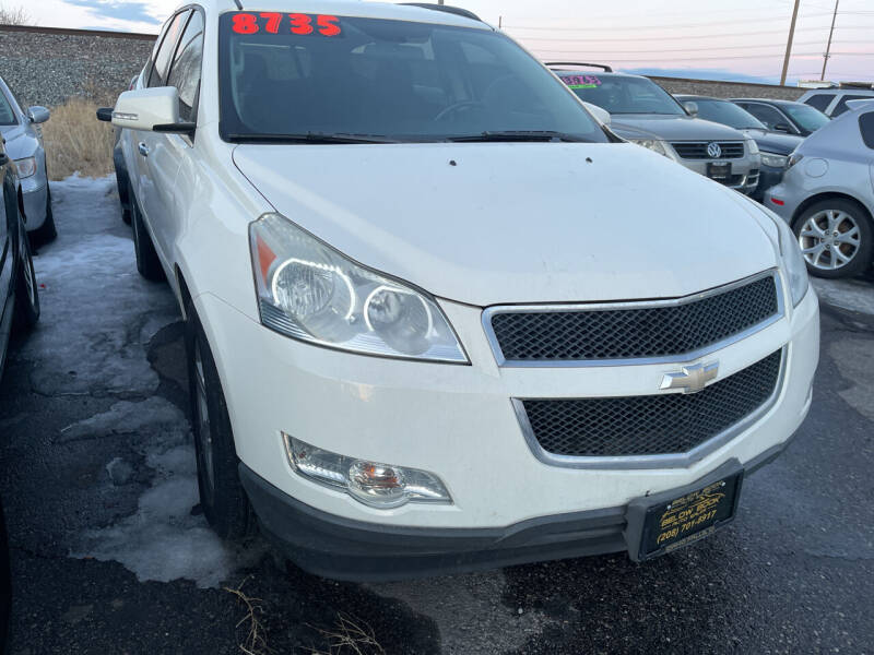 2011 Chevrolet Traverse for sale at BELOW BOOK AUTO SALES in Idaho Falls ID