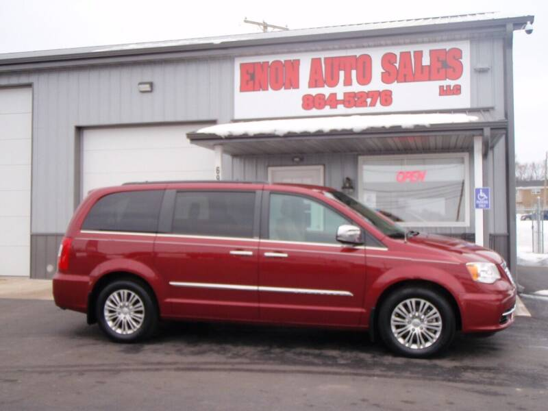 2013 Chrysler Town and Country for sale at ENON AUTO SALES in Enon OH