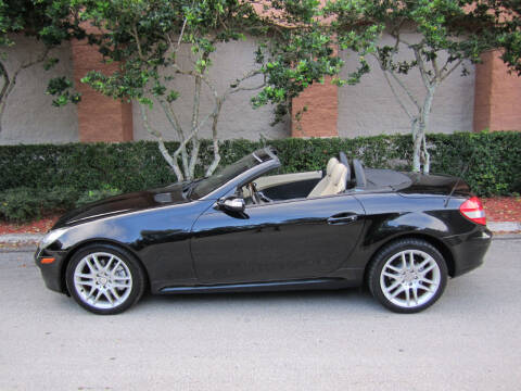 2007 Mercedes-Benz SLK for sale at FLORIDACARSTOGO in West Palm Beach FL